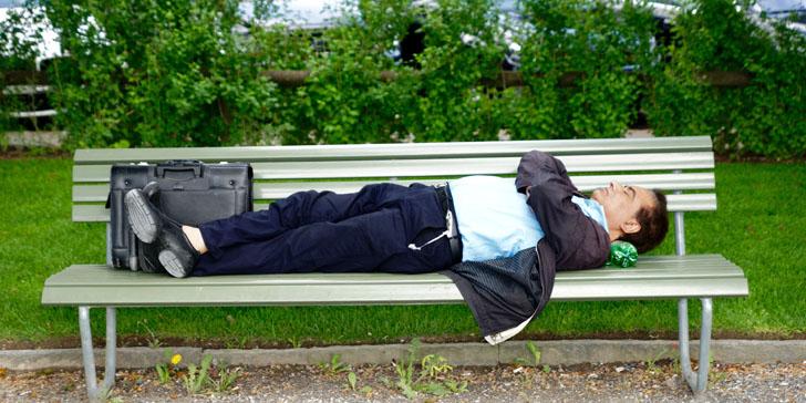仕事のために休むのか、休むために仕事をするのか